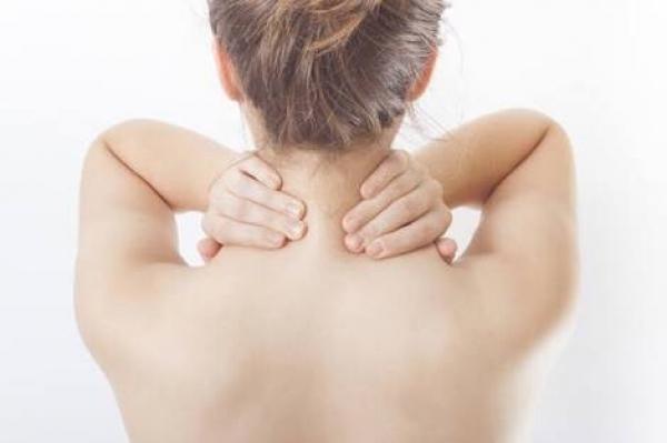 重い肩こり・首の痛みを解消するスーパーストレッチ🔥