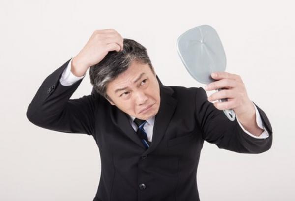 髪の毛の寿命<シンガポールにある日本理容室>