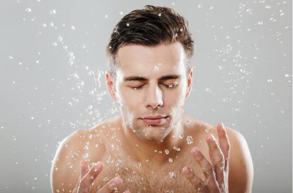 【男性のお肌】汚いと近づきたくない女性が7割?!