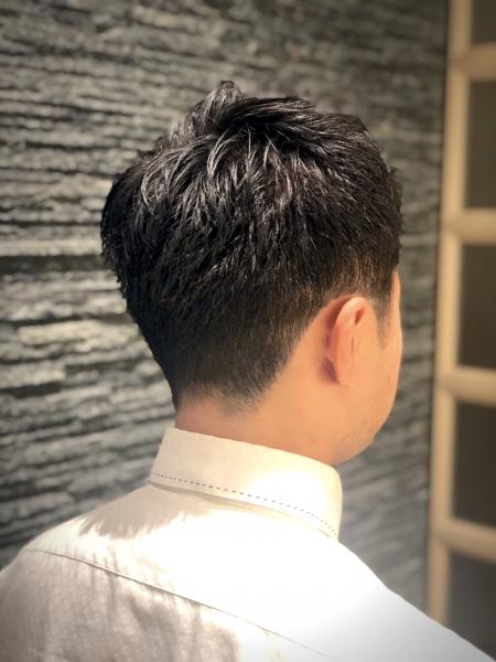 メンズセットのコツ<シンガポールにある日本理容室>
