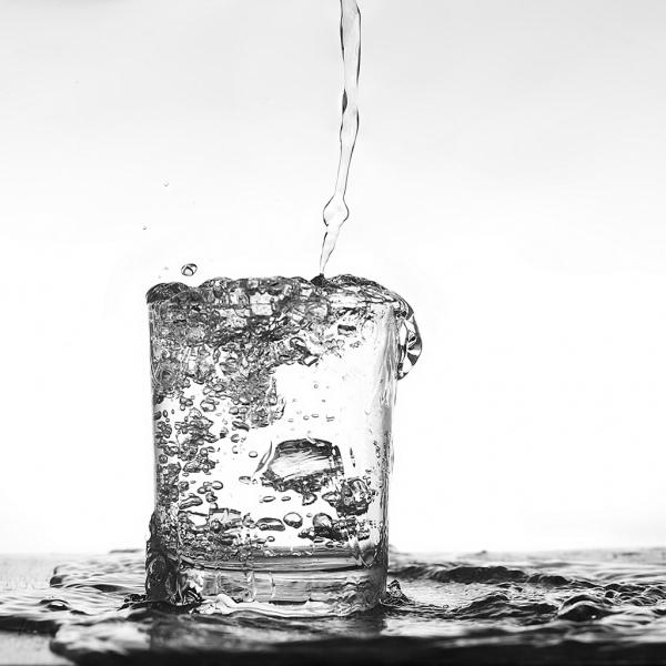 水の飲み方だけで○○が変わる!?