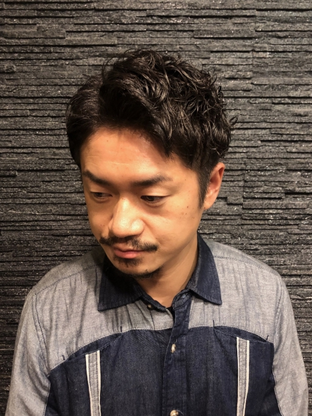 七三分けワイルドパーマ【ヒロ銀座】赤坂/バーバー/パーマ