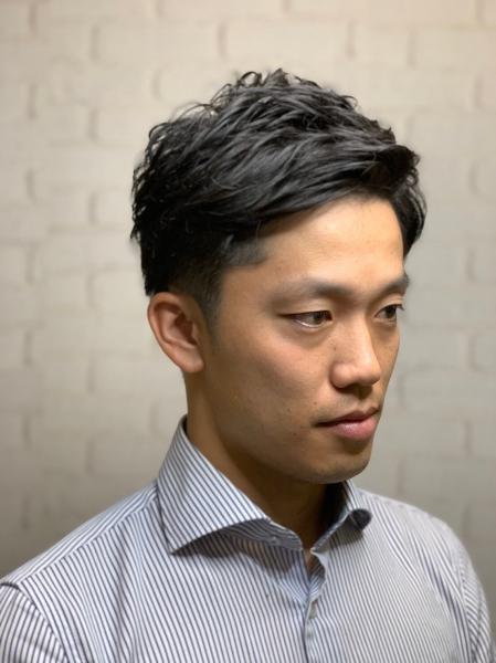 ビジネスツーブロック【ヒロ銀座】赤坂/バーバー/パー